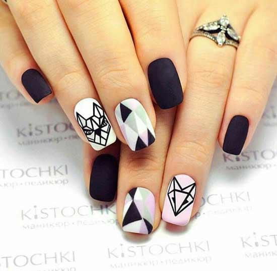 лиса белая на ногтях