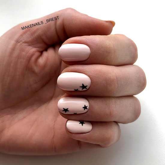 маникюр с звездочками на ногтях