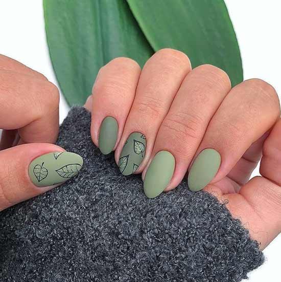 маникюр с хаки на ногтях