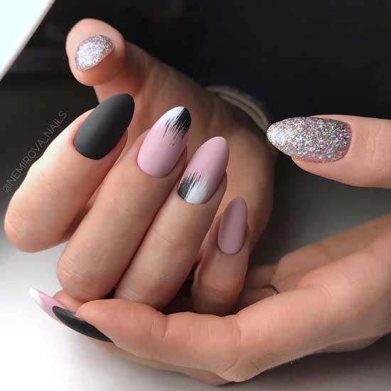 маникюр с мазками на ногтях