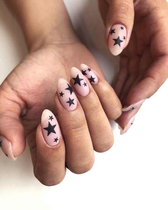 маникюр с звездочками