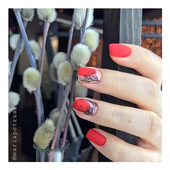 красный маникюр с узорами на ногтях