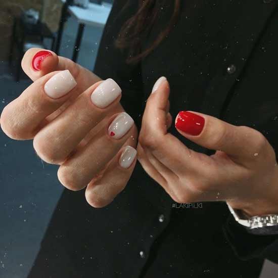 красный маникюр на ногтях
