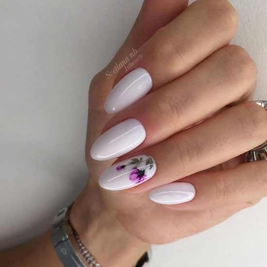 цветочный дизайн на ногтях