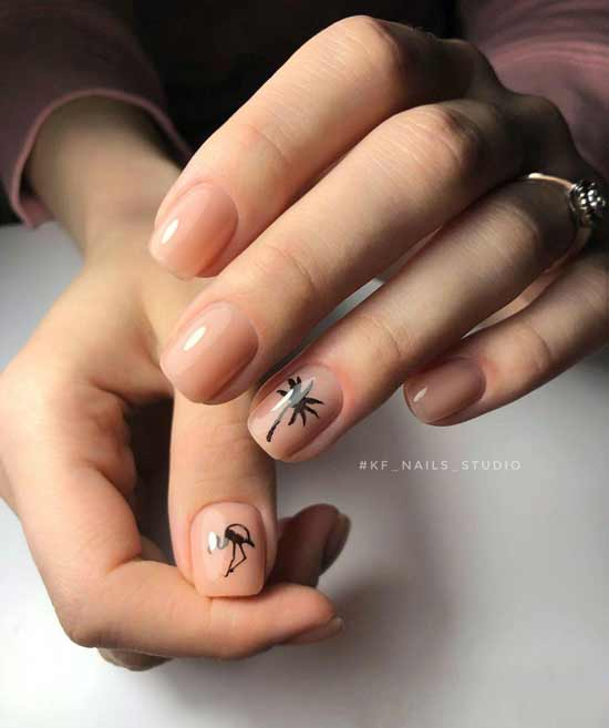 летний маникюр на ногтях