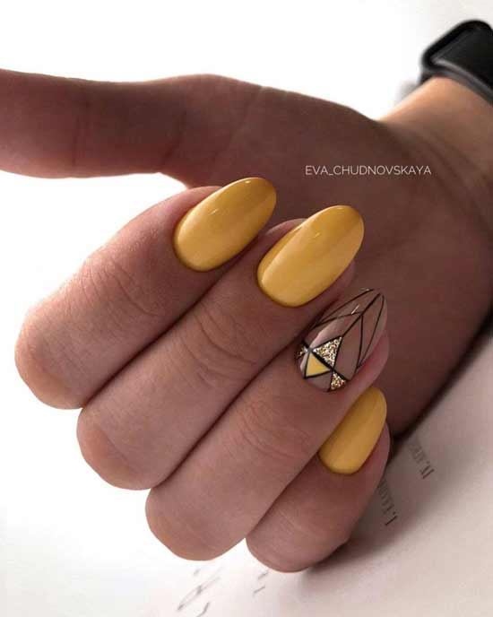 желтый маникюр на ногтях