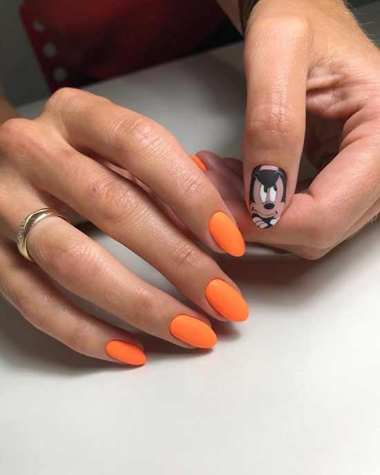 оранжевый маникюр с мультяшками на ногтях