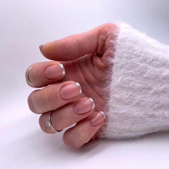 маникюр с глиттером на ногтях