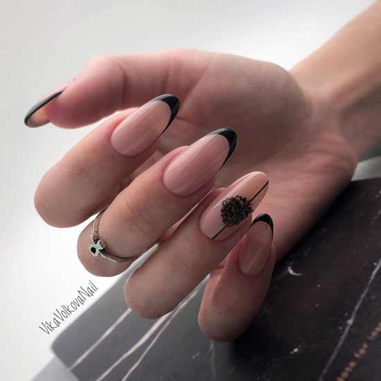 френч с черной улыбкой на ногтях