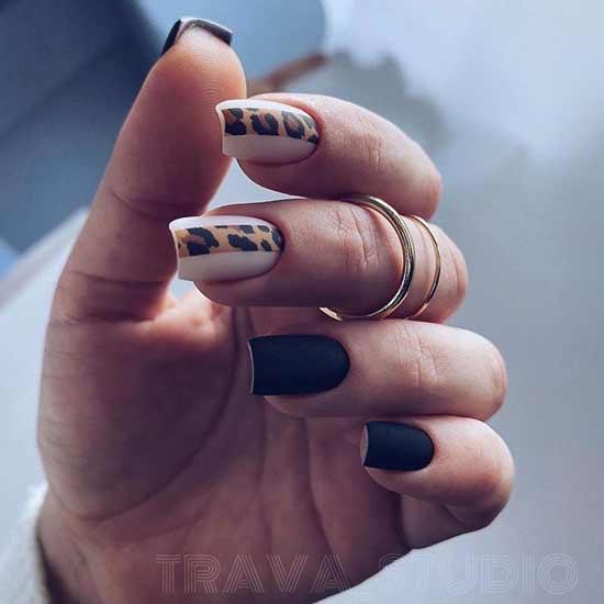 анималистический маникюр на ногтях
