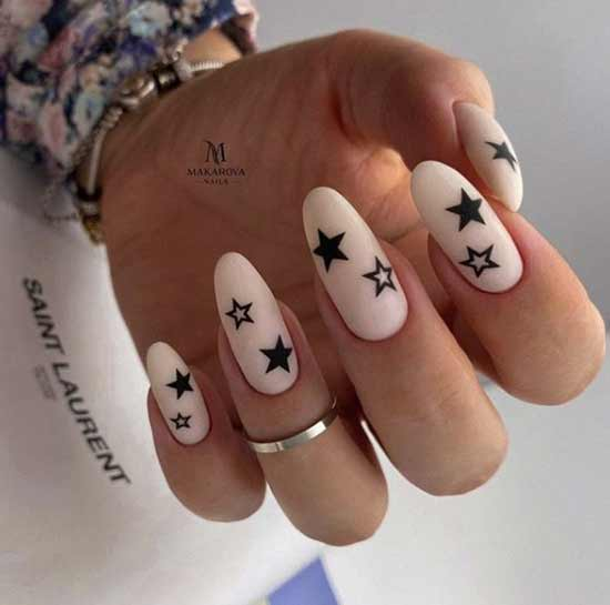 маникюр со звездочками