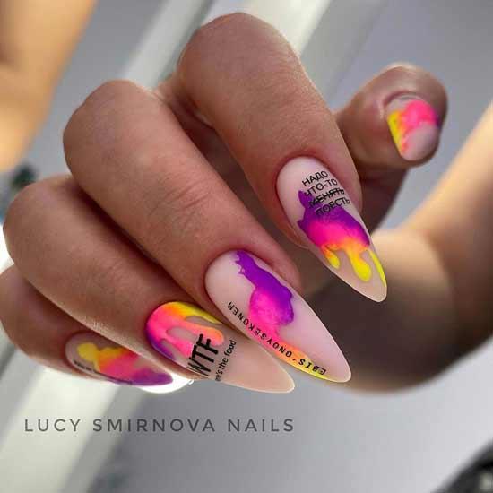 неоновый маникюр на длинные ногти