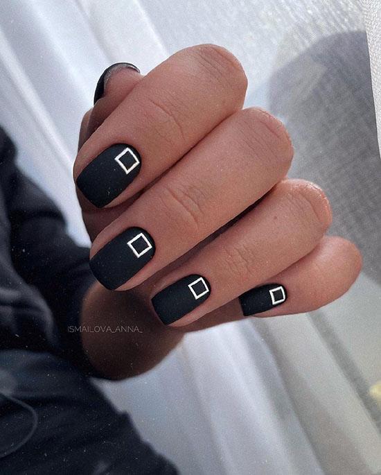 черный матовый маникюр