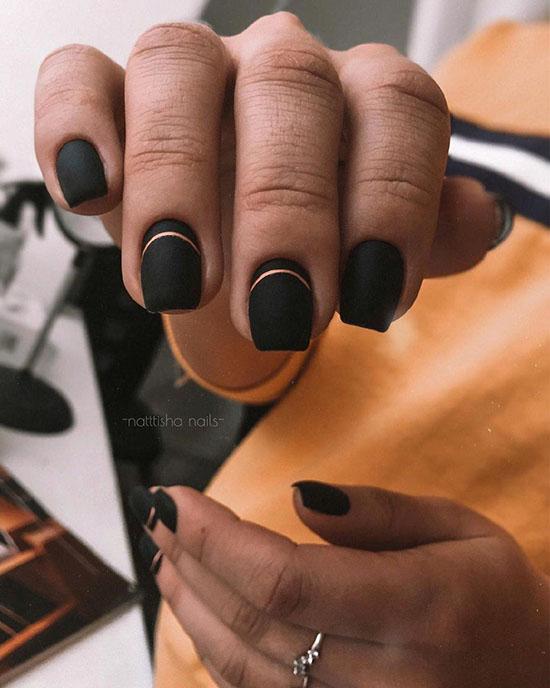 Чёрный маникюр с дизайном 2021: фото-идеи, новинки нейл-арта
