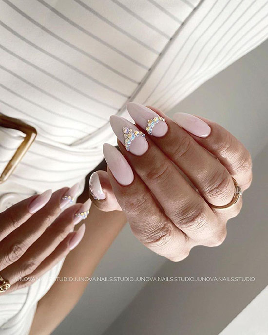 Свадебный маникюр для невесты: 100 фото, тенденции, новинки