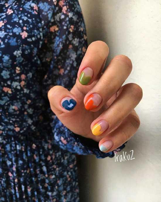разноцветный маникюр