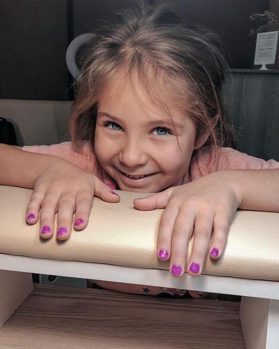 Детский маникюр: 100 фото красивых дизайнов, новинки