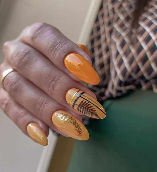 оранжевый маникюр
